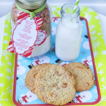 Edible Christmas Gifts: Butterscotch Chip Cookies in a Jar with FREE Printables