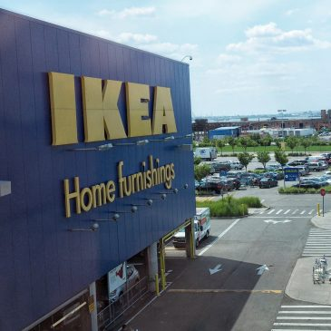 Vlog: Trip to the Black Hole that is Ikea
