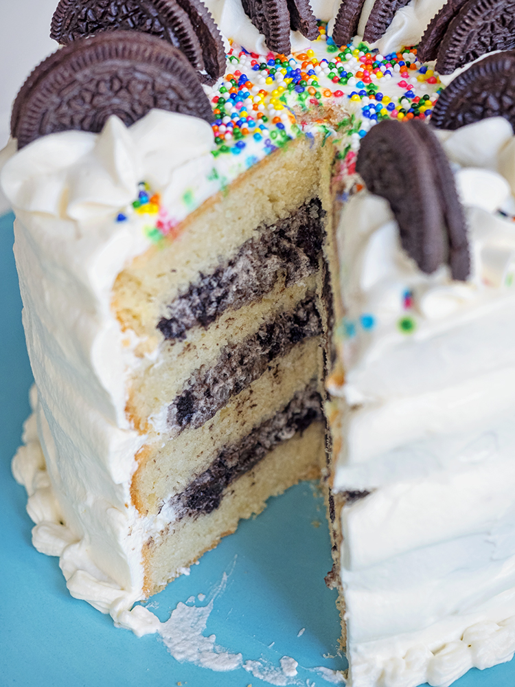 Cookies and Cream Cake with Whipped Cream Frosting   The ...