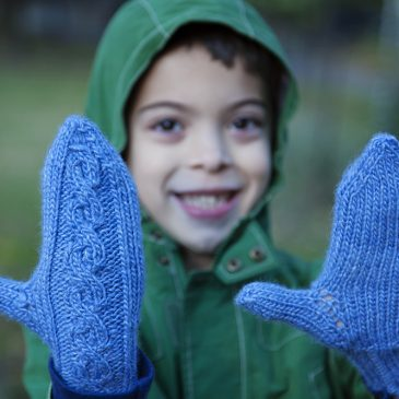 Knitting:  Mittens!