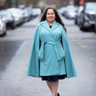 A Vintage Cape-Coat: Anne Adams 4741